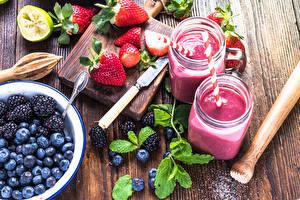 Image Strawberry Blackberry Blueberries Smoothie Cutting board Jar 2 Food