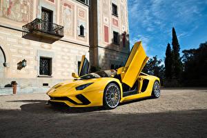 Wallpaper Lamborghini Yellow 2017 Aventador S automobile