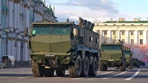 Bilder Militärparade Russland Russische KamAZ-63968 Typhoon Militär