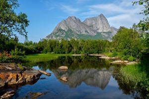 Fotos Norwegen Gebirge See Wald Strandatinden Natur