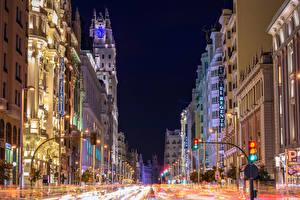 Bilder Spanien Madrid Gebäude Straße Stadtstraße Straßenlaterne Nacht