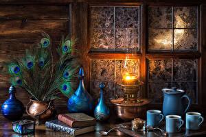 Fotos Stillleben Federn Petroleumlampe Tasse Drei 3 Buch Löffel Fenster