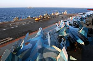 Pictures Aircraft carrier Airplane Fighter Airplane Ships Russian Su-33 Russian aircraft carrier Admiral Kuznetsov Aviation