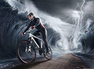 Hintergrundbilder Kreativ Wasserwelle Blitz Fahrräder