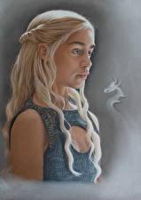 Bilder Game of Thrones Daenerys Targaryen Emilia Clarke Blond Mädchen Mädchens Prominente