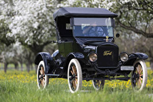Pictures Retro Ford Black 1923 Ford Model T auto