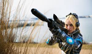 Fonds d'écran Fusil StarCraft 2 Blondeur Fille Cosplay Nova Filles Jeux Fantasy