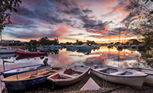 Wallpaper United Kingdom Rivers Berth Boats Sky Evening Motorboat Clouds Dorset River Stour Nature