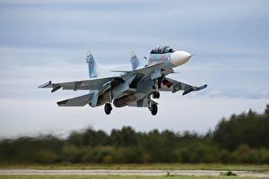 Fondos de escritorio Avións Avión de caza Sukhoi Su-30 Despegue Vuelo Ruso SM Aviación
