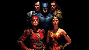 Picture Gal Gadot Wonder Woman hero Batman hero The Flash hero Warrior Justice League 2017 Ben Affleck Black background Jason Momoa, Ezra Miller, Ray Fisher Movies Celebrities