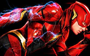 Picture Justice League 2017 The Flash hero Ezra Miller film