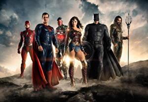 Pictures Justice League 2017 Warrior Gal Gadot Wonder Woman hero The Flash hero Batman hero Ben Affleck Jason Momoa, Ezra Miller, Ray Fisher film Celebrities Girls