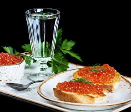 Fotos Stillleben Wodka Butterbrot Meeresfrüchte Caviar Dubbeglas Lebensmittel