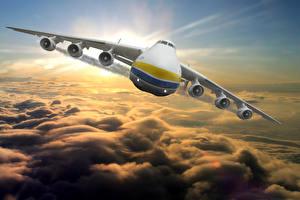 Bilder Flugzeuge Transportflugzeuge Vorne Flug Wolke Russischer An-225 Mriya Luftfahrt