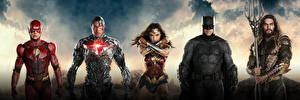 Fonds d'écran Justice League 2017 Wonder Woman Héros Gal Gadot Flash Héros Batman Héros Jason Momoa (Aquaman), Ray Fisher (Cyborg) Cinéma Célébrités Filles