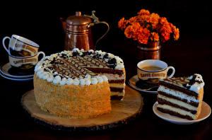 Hintergrundbilder Süßware Torte Schwarzer Hintergrund Tasse Lebensmittel