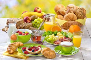 Bilder Servieren Backware Kaffee Saft Butterbrot Obst Milch Honig Croissant Frühstück Trinkglas Tasse Lebensmittel