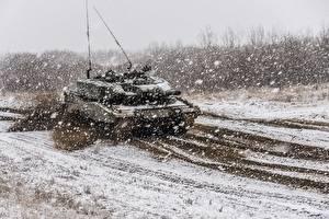 Bilder Panzer Leopard 2 Schnee Deutsch Schneeflocken Heer