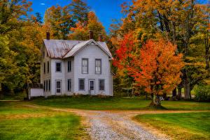 Bilder Vereinigte Staaten Gebäude Herbst New York City Herrenhaus Design Bäume Forestdale