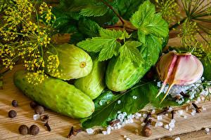 Bilder Gemüse Gurke Knoblauch Dill Schwarzer Pfeffer Salz Lebensmittel