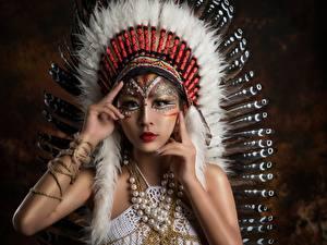 Hintergrundbilder Asiatische Warbonnet Indianer Schön Mädchens