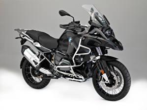 Bilder BMW - Motorrad Grauer Hintergrund 2015-16 R 1200 GS Adventure