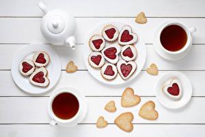 Sfondi desktop Biscotti Festa di san Valentino Tè Cuore Tazza Tavole Cibo