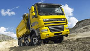 Pictures Lorry DAF Trucks Yellow  automobile