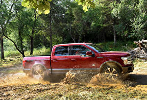 Wallpaper Ford Red Metallic Side Motion 2018 F-150 King Ranch SuperCrew automobile