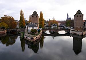 Hintergrundbilder Frankreich Straßburg Flusse Brücken Haus Ponts couverts