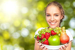 Pictures Fruit Strawberry Pears Face Smile Girls