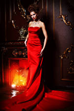 Photo Jewelry Fireplace Brown haired Gown Girls