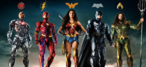 Fonds d'écran Justice League 2017 Wonder Woman Héros Gal Gadot Ben Affleck Flash Héros Batman Héros Jason Momoa (Aquaman), Ray Fisher (Cyborg) Cinéma Célébrités Filles