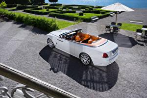 Bilder Rolls-Royce Weiß Cabrio Luxus 2016-17 Dawn