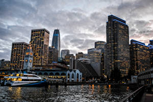 Bilder USA Haus Wolkenkratzer Flusse Schiffsanleger San Francisco