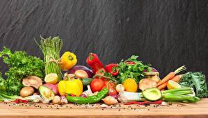 Hintergrundbilder Gemüse Avocado Paprika Tomaten Pilze Zwiebel Mohrrübe