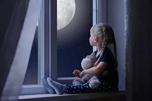 Bilder Fenster Kleine Mädchen Sitzend Nacht Kinder