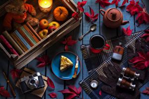 Hintergrundbilder Äpfel Kürbisse Törtchen Teddy Tee Bretter Fotoapparat Becher Löffel Blattwerk das Essen