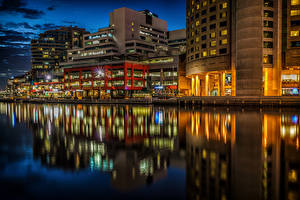 Pictures Australia Melbourne Building Rivers Marinas Night Street lights Cities