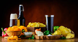 Pictures Beer Vegetables Onion Foam Highball glass Bottles Chips Food