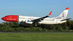 Fotos Boeing Flugzeuge Verkehrsflugzeug Flug Abheben 737-8JP Luftfahrt