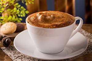 Bilder Kaffee Cappuccino Nahaufnahme Tasse Schaum Untertasse Lebensmittel