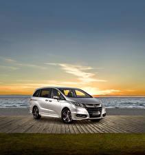 Hintergrundbilder Honda Silber Farbe 2014-17 Odyssey VTi-L