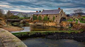 Fotos Irland Gebäude Fluss Laubmoose Wassermühle Annalong Corn mill Städte