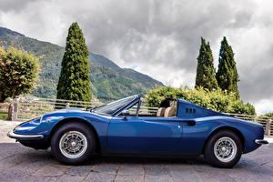 デスクトップの壁紙、、レトロ、ピニンファリーナ、青、メタリック塗、オープンカー、側面図、1972-74 Dino 246 GTS con l'opzione Flares Worldwide、自動車