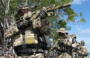 Bilder Soldaten Sturmgewehr Spezialeinheiten Deutsch  Heer