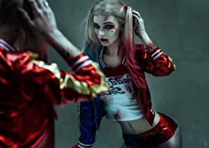 Photo Suicide Squad 2016 Harley Quinn hero Margot Robbie Mirror Movies Girls Celebrities