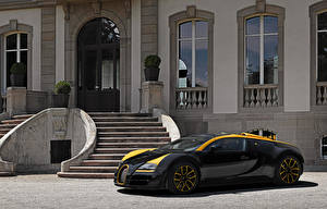 Photo BUGATTI Luxury Black Metallic 2014 Veyron Grand Sport Roadster Vitesse One of One