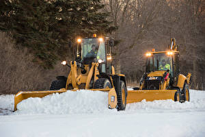 Picture Snow 2 Front-end loader Caterpillar 900-Series Wheel Loaders, Caterpillar 400-Series Backhoe Loaders