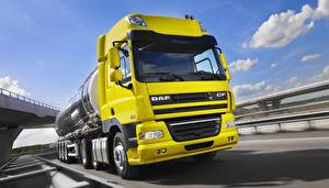 Photo Trucks DAF Trucks Yellow  Cars